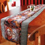 Table runner Deceit face print-0