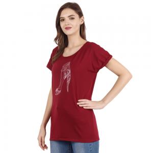 Women Maroon Solid Round Neck T-shirt with Stiletto Print XXL